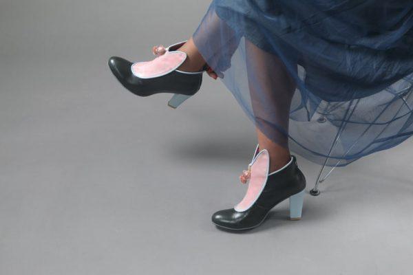 מגפון נעליים סגורות לנשים - נעליים אונליין, נעלי נשים מיקה דרימר