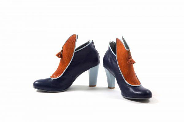 מגפון דגם אדמה - נעליים אונליין, נעלי נשים מיקה דרימר