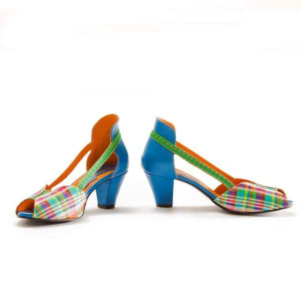 סנדלי עקב מגניבות - נעליים אונליין, נעלי נשים מיקה דרימר