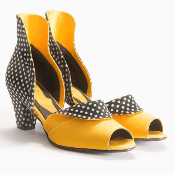 סנדלי עקב מעוצבות ואפנתיות - נעליים אונליין, נעלי נשים מיקה דרימר