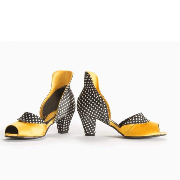 סנדלי עקב דגם Something to wear - נעליים אונליין, נעלי נשים מיקה דרימר
