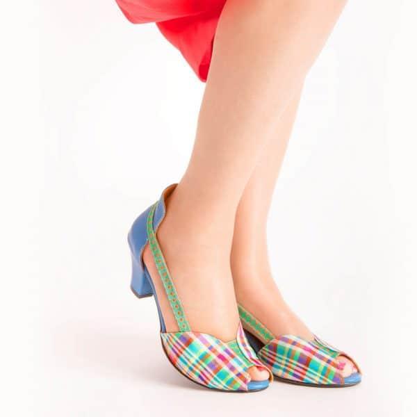 סנדלי עקב מיוחדות - נעליים אונליין, נעלי נשים מיקה דרימר