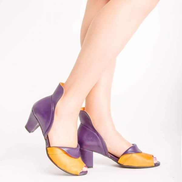 סנדלי עקב נוחות ומרשימות - נעליים אונליין, נעלי נשים מיקה דרימר