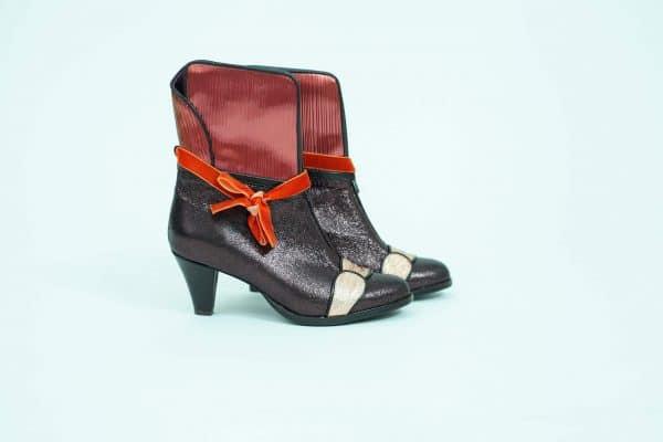 מגפונים לנשים לאירועי ערב מיוחדים וליומיום - נעליים אונליין, נעלי נשים של מעצבת הנעליים הישראלית מיקה דרימר