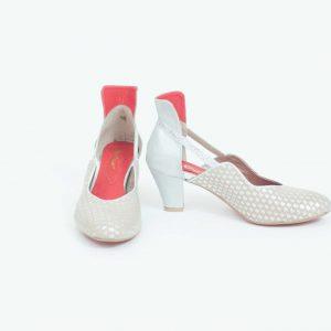 נעלי סירה בעיצוב ייחודי ובגוונים קלסיים - נעליים אונליין, נעלי נשים מיקה דרימר