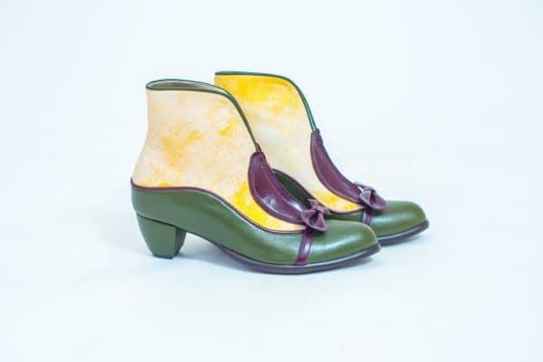 מגפונים לנשים במבחר דגמים ובעיצובים מיוחדים, מגפוני קרסול מעור - נעליים אונליין, נעלי נשים מיקה דרימר