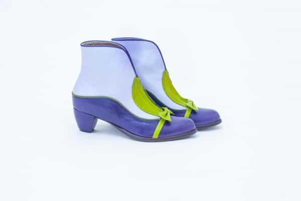 מגפונים לנשים בצבעים חורפיים ובעיצובים עדכניים - נעליים אונליין, נעלי נשים מיקה דרימר