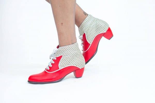 מגפונים לנשים דגם קונפיטורה תות - נעליים אונליין, נעלי נשים מיקה דרימר